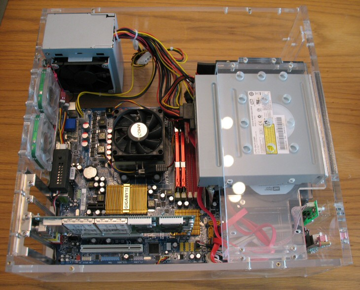 new-htpc-mobo-installed.jpg